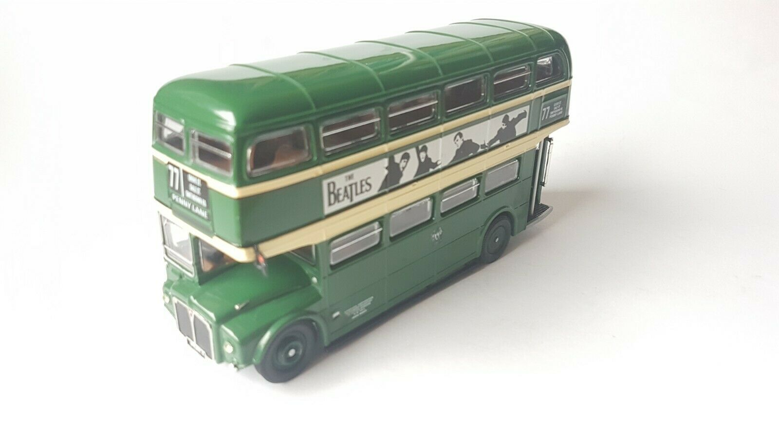 Corgi bus pennylane  The Beatles  1 50