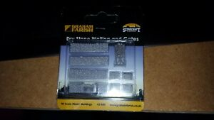 N-Gauge-bachmann-graham-farish-Scenecraft-42-580-Dry-Stone-Walling-and-Gate