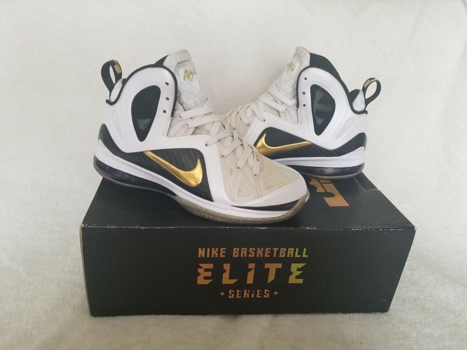 sale retailer 5dca0 4f7ad ... Retro Hong Kong Men s shoes Trainers US 9.5,. Nike Lebron PS Elite 9 s  In A Size 8.0 8.0 8.0 d92ca7