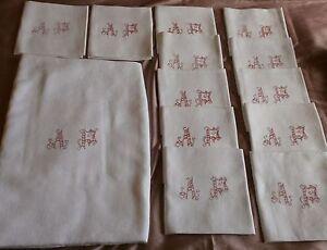 """Nappe & 12 Serviettes Coton - Motifs Fleurs & Médaillon Monogramme """" A P """" Brodé 41nfrjub-10043756-930717683"""