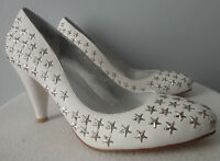 Bebe Tina Star Studded Leather White Pump 8m