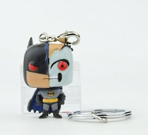 DC-Batman-Animated-Series-Pocket-Pop-Key-Chain-Mini-Figure-Robot-Batman
