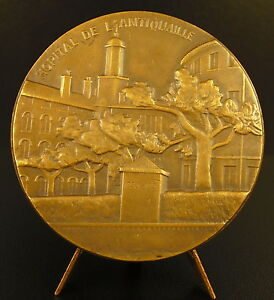 medal-the-doctor-Andre-Ricard-view-Hospital-of-the-Antiquaille-in-Lyons-medal