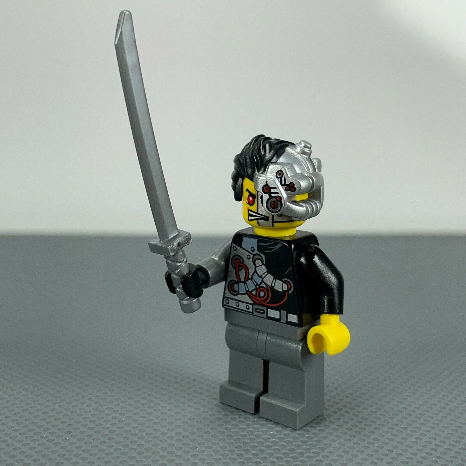 Lego Cyrus Borg 70722 OverBorg Rebooted Ninjago Minifigure