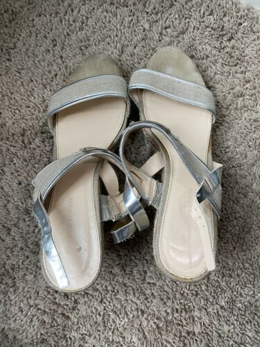 Womens Tommy hilfiger wedges size 10 - image 1