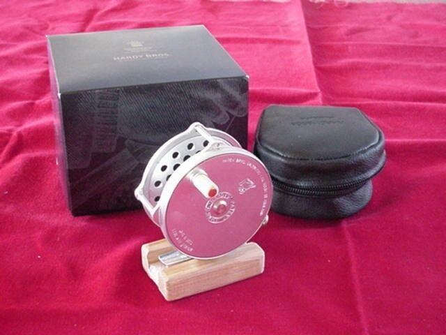 Hardy Bougle Fly Reel 3 1 4 in  MADE  IN ENGLAND GREAT NEW  wholesale cheap