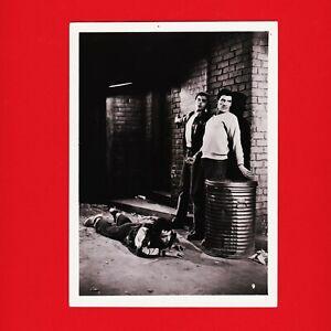 Kinofoto-Szenenbild-9-Allianz-Film-GmbH-034-Entfesselte-Jugend-034-1956-13cm-x-18cm