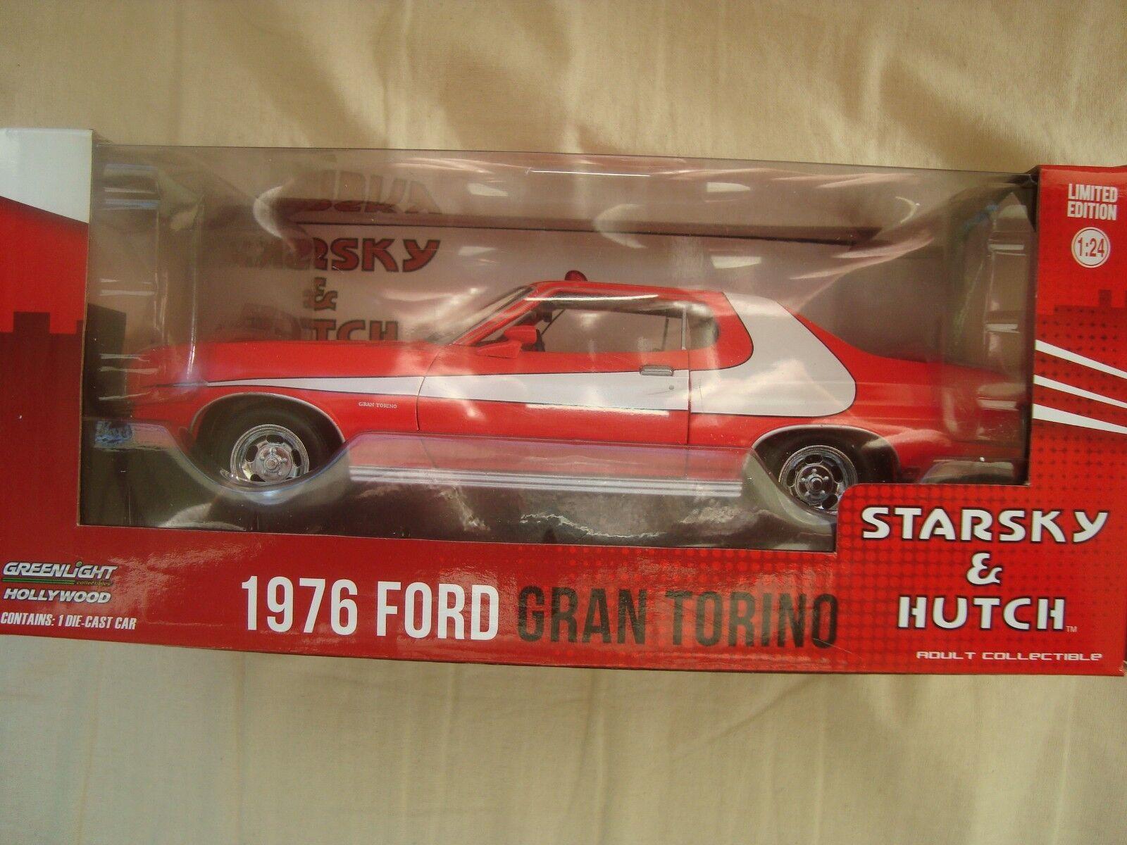 verdeLIGHT 1976 FORD GRANDE TORINO STARSKY Y Y Y HUTCH 1 24 EN CAJA 372721