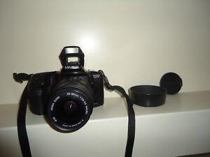 Minolta Dynax 500si 35mm SLR Camera Sigma Zoom 28 - 80mm 1:3.5-5.6 Lens Macro
