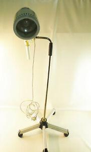 OP-Lampe-Behandlungslampe-original-Hanau-hoehenverstellbar