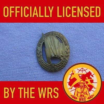 Original Post WW2 East German DDR VolksArmee NPA ☆ NVA Military Sports Badge ☆