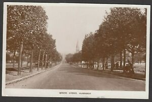 Postcard Aldershot Hampshire the Queens Avenue posted 1927 RP