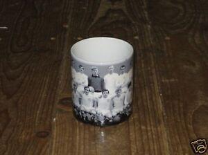 Leeds-United-Wonder-Team-Group-1960-039-s-Awsome-New-Mug