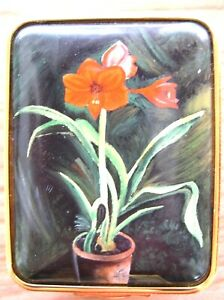 Halcyon-Days-Enamel-Box-From-a-painting-by-Winston-Churchill-034-Amaryllis-Lily-034