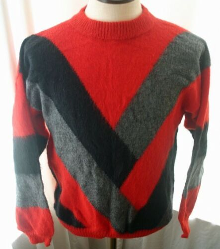 Vintage Wool & Mohair V Pattern Sweater 80s
