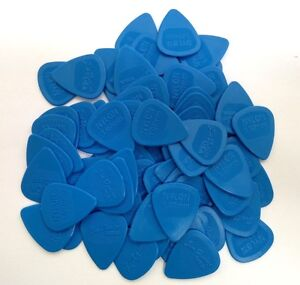 Dunlop-Guitar-Picks-Nylon-MIDI-72-Pack-1-07mm-Blue