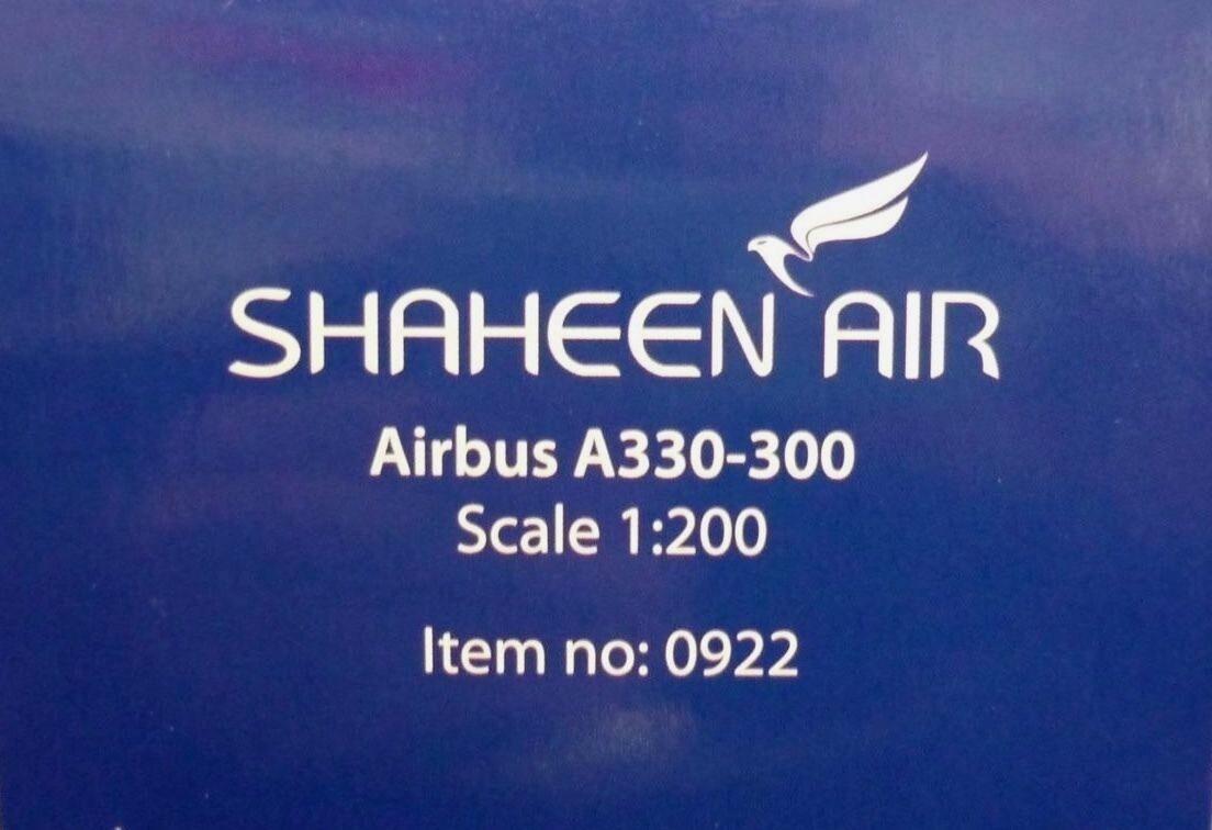 Hogan Wings 1 200 Airbus A330-300 A330-300 A330-300  Shaheen Air AP-BKM + Herpa Wings Katalog e9984c
