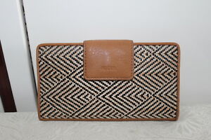 Fossil-Sydney-Tab-Clutch-womens-wallet