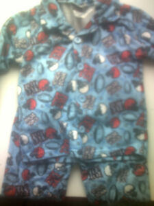 Polyester Pajama set Size 3T, Used Condition