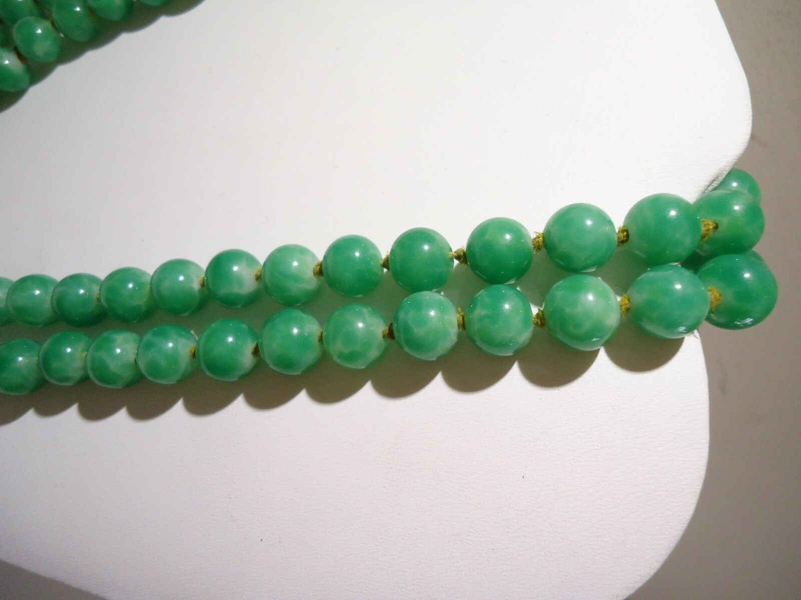 Beautiful vintage green screw back earrings glass tube beads knotted design