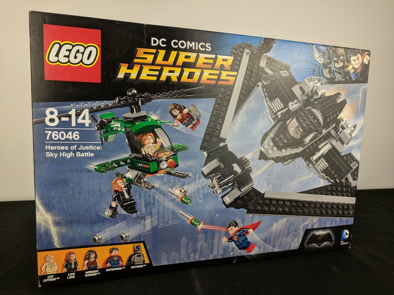 Brand new LEGO DC Comics Super Heroes 76046 Heroes of Justice Sky High Battle