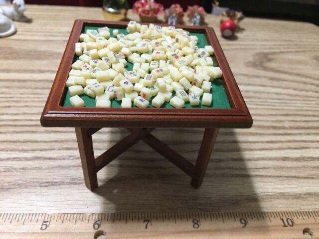 dollhouse miniature - Mah Jong table and tiles 1:12