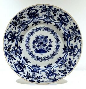 Plate-Flowers-Porcelain-Kangxi-1662-1722-China-Qing-Dynasty