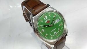 Vintage-Seiko-5-Automatic-Movement-Day-Date-Analog-Dial-Mens-Wrist-Watch-A378