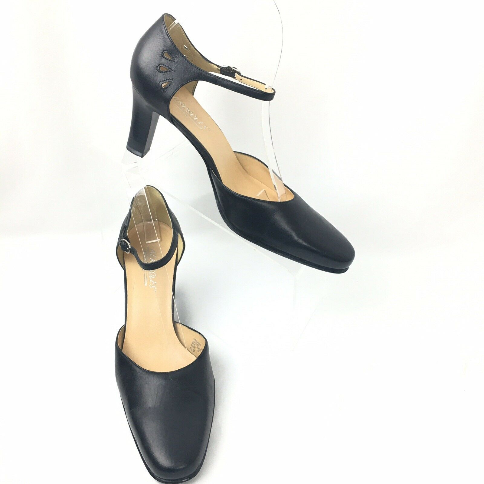Aerosoles 8.5 M Ankle Strap Heels Chuckled Black Cut Out Leather Closed Toe
