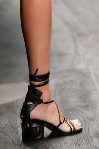 71efe0bdc07 Image is loading VALENTINO-Garavani-Tribal-Lace-Up-Leather-Gladiator-Sandals -