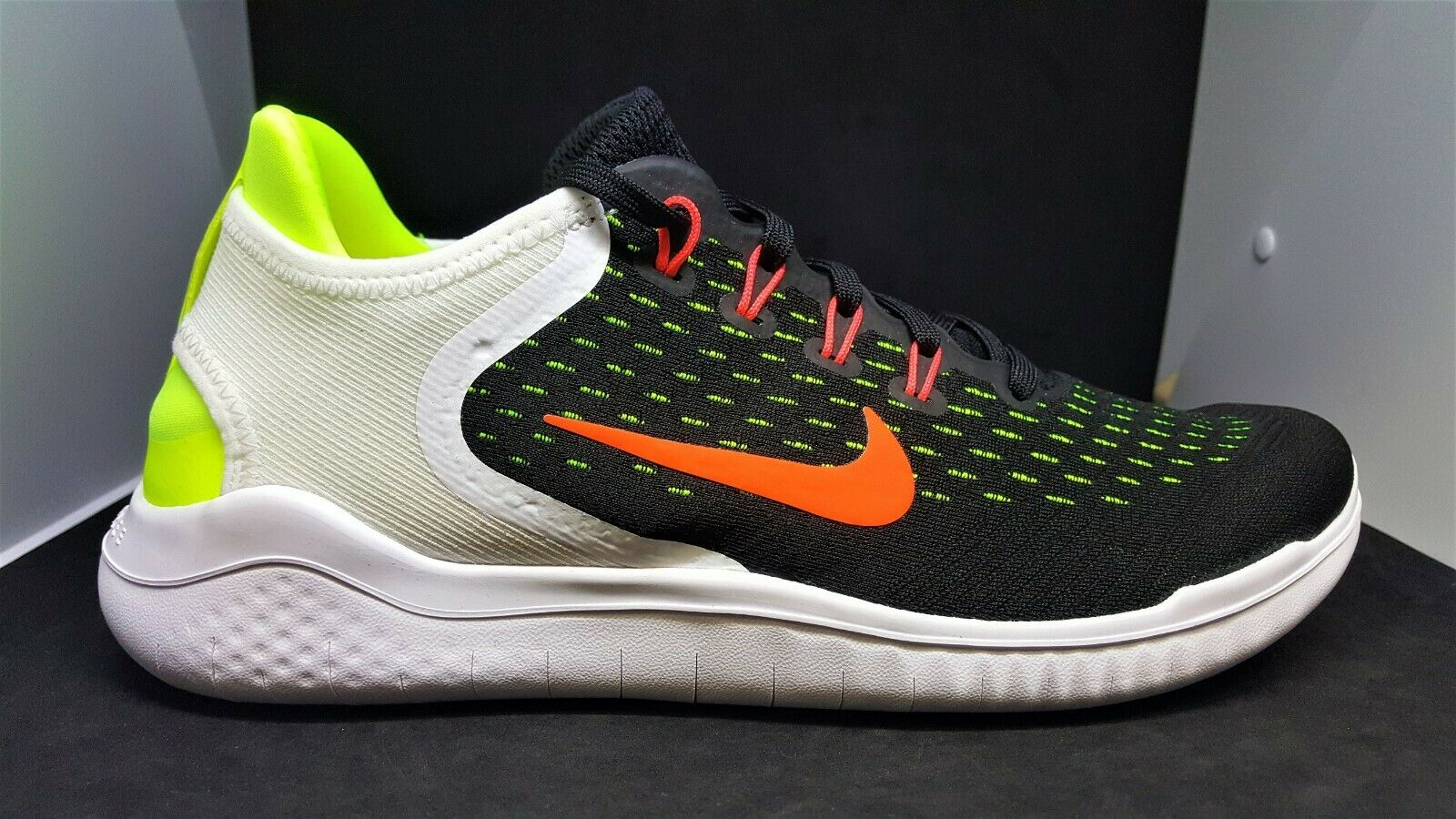 Nike Mens Free RN 2018 Men's running shoes size 9 942836-007 Multi-color