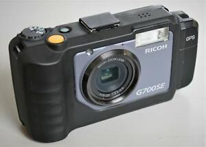 Ricoh GR G700SE 12.1MP Digital Camera Black 32GB SD Card w GPS GP-1 NO BATTERY !