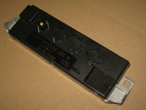 AUDI-A5-8t-B8-Coupe-DAB-Radio-Antena-Amplificador-de-Unidad-Control-8t0035225n