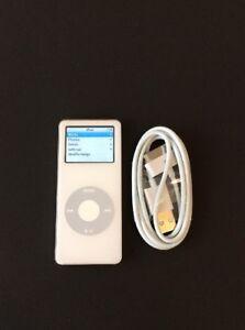 Apple-iPod-nano-1st-Generation-White-2-GB-MA004LL-Good-Condition