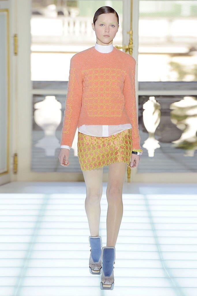 Iconic BALENCIAGA Coral Geometric Sweater Fall 2010 RTW Size 40