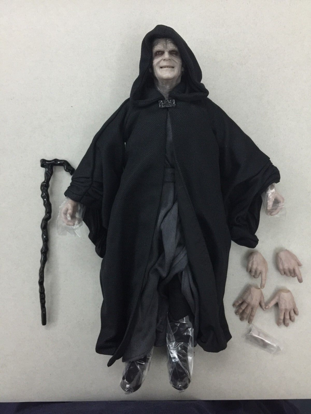Hottoys Star Wars Empereur Palpatine MMS468 - 1 6th scale figure seulement