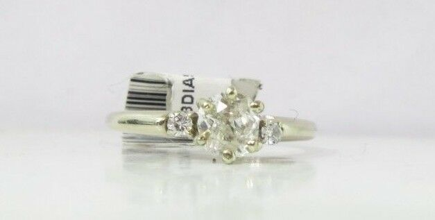 (RI4) Ladies 14K White gold Diamond Ring -  sz. 4.25 - 2.3 g - .46 TCW