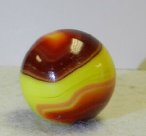 #12510m Vintage Akro Agate 2 Color Corkscrew Shooter Marble .97 Inches