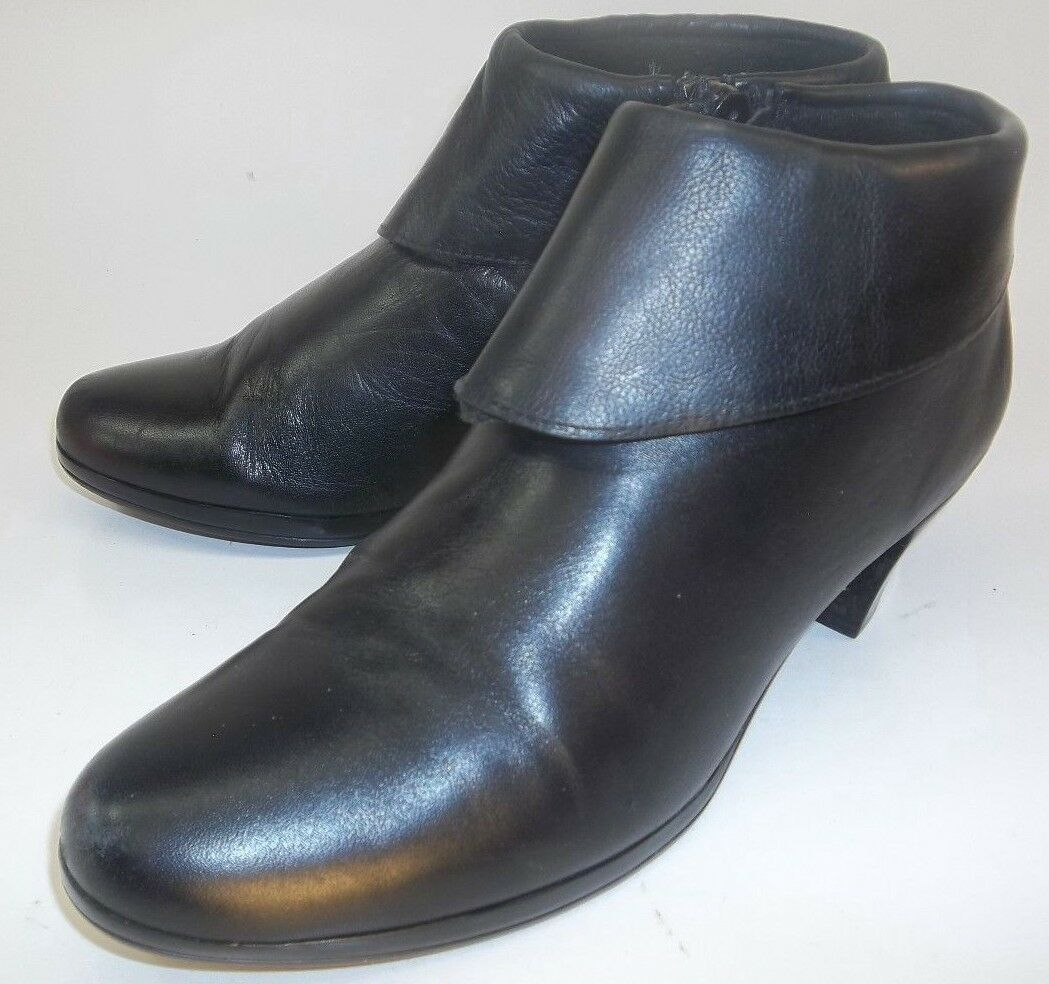 Munro Wos Boot Ankle American US6M Black Leather Zip Fold Over Booties Heels 101