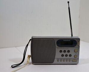 radio shack am fm portable radio alarm 12 898 synthesized receiver rh ebay com Radio Shack Locations Radio Shack Online Catalog