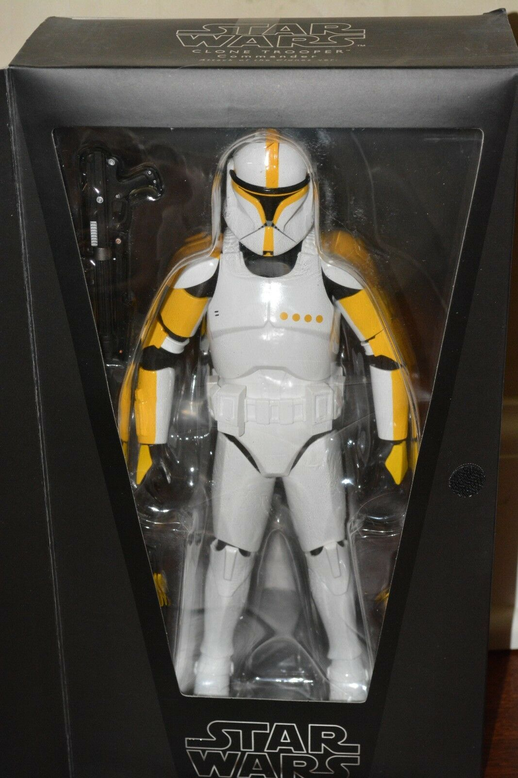 Medicom Star Wars Real Action Heroes 1/6 Scale Clone Trooper Commander AOTC, NIB