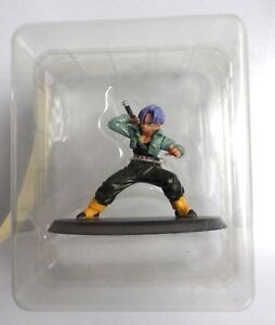Figurine-statuette-Dragon-ball-z-The-Legend-of-manga-Trunks-neuf