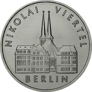 DDR-5-Mark-Muenze-1987-stgl-Gedenkmuenze-Nikolaiviertel-in-Berlin-in-Muenzkapsel