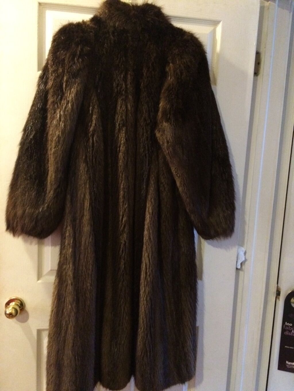 ANTONOVICH FULL-LENGTH LONG-HAIRED BROWN BEAVER FUR COAT, Sz 10, Good Condition