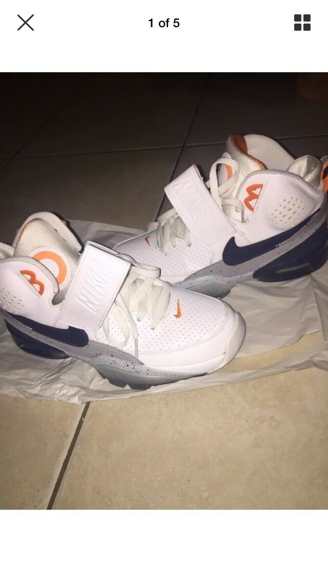 PRE OWNED NIKE AIR TRAINER SC BO JACKSON SIZE 8