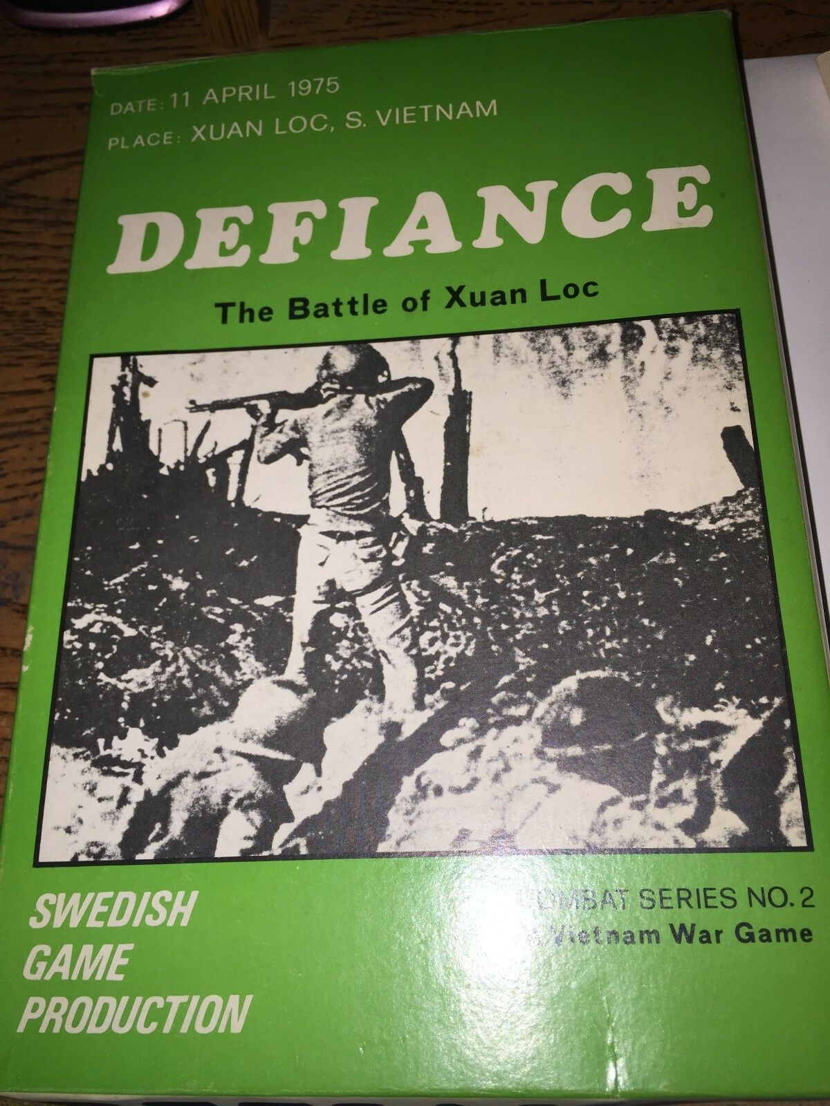 DEFIANCE DEFIANCE DEFIANCE THE BATTLE OF XUAN LOC - SWEDISH GAME PRODUCTION - RARE AND UNPUNCHED  a0e3ad