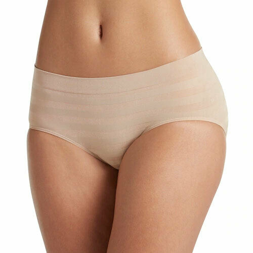 Size and Colors Assorted Jockey Women/'s 3 Seamfree Hi Cut Panties