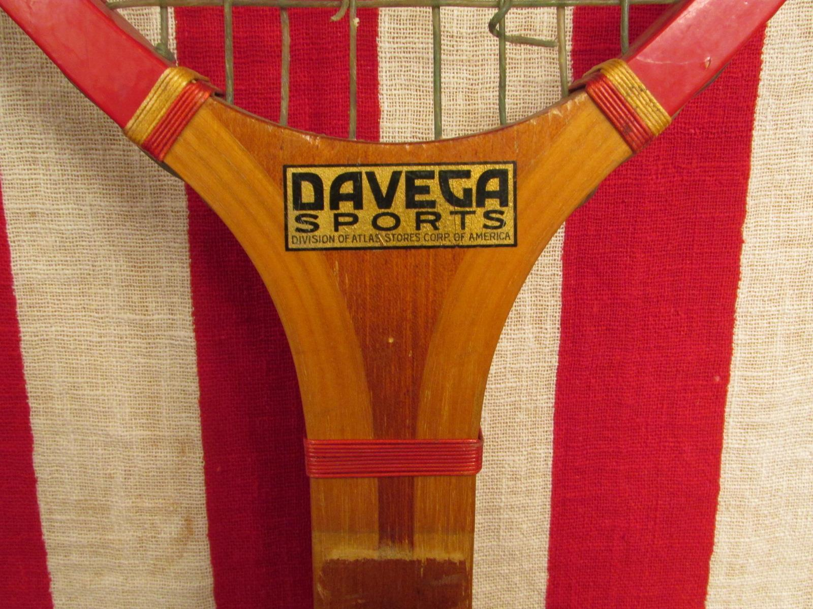 Vintage 1940s Lenox Wood Tennis Racquet E.Kent Co. Great Display! Display! Display! Davega Sports 0794b4