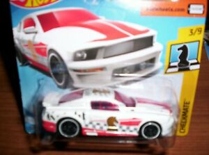 FORD-MUSTANG-2007-HOT-WHEELS