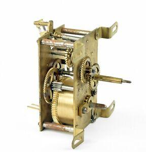 altes-Uhrwerk-Ersatzteil-f-Pendeluhr-Tischuhr-Wanduhr-Uhr-vintage-clockwork